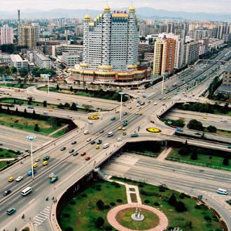 Video: Trung Quốc xây cầu 1.350 tấn trong 43 tiếng