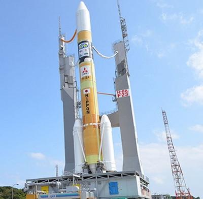 Nhật Bản phóng tên lửa mang vệ tinh thương mại đầu tiên