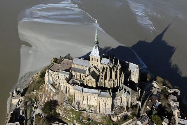 Đảo Mont Saint Michel - Pháp