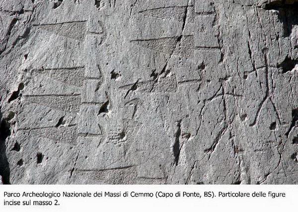 Các hình khắc trên đá ở Valcamonia - Italy