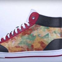 Giày điện tử tự đổi họa tiết theo từng bước chân