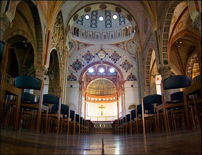 Nhà thờ và tu viện Santa Maria delle Grazie ở Milano - Italy