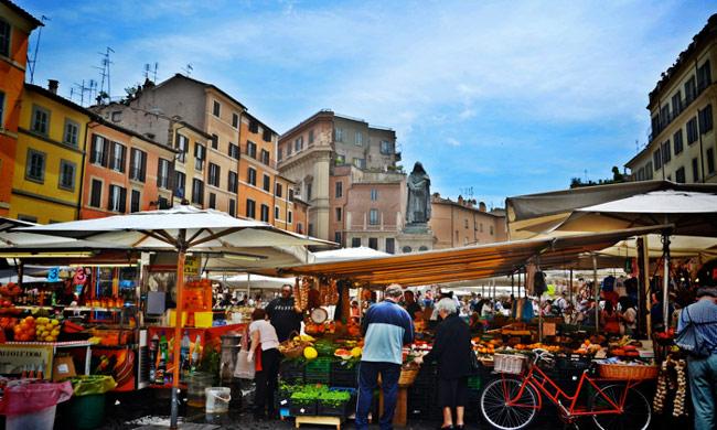 Trung tâm lịch sử của Rome - Italy