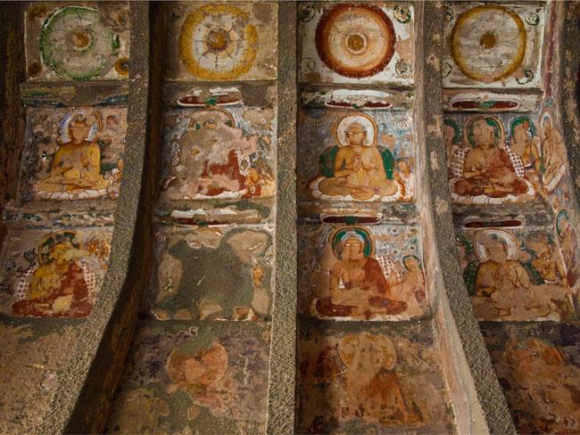 Chùa hang Ajanta - Ấn Độ