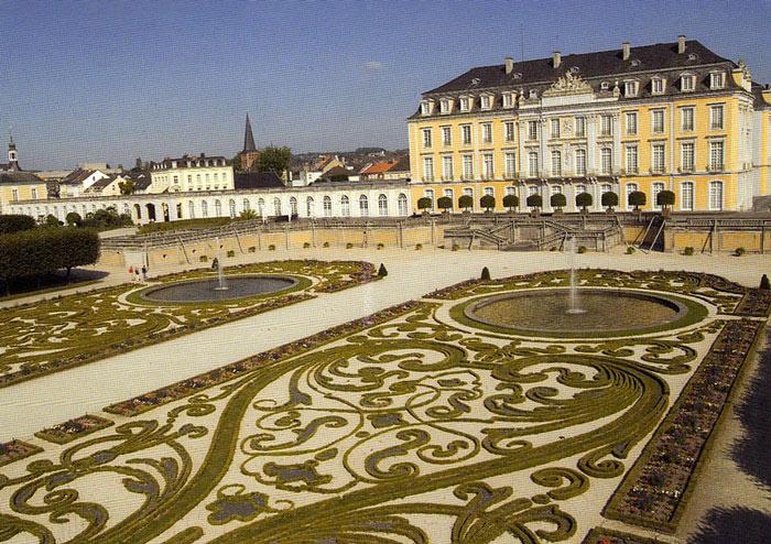 Khu vườn tuyệt đẹp của lâu đài Augustusburg