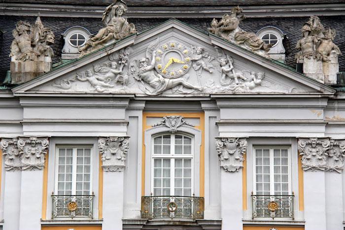 Lâu đài Augustusburg và Falkenlust ở Bruhl  - Đức