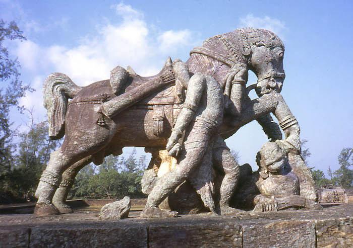 Ngôi đền được dựng nên bởi Samba – con trai của Chúa Krishna.