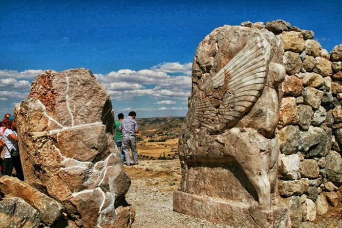 Đầu thế kỷ 20, các nhà khảo cổ đã tái phát hiện ra Hattusa, khi đó đã bị vùi lấp dưới một lớp đất dày.