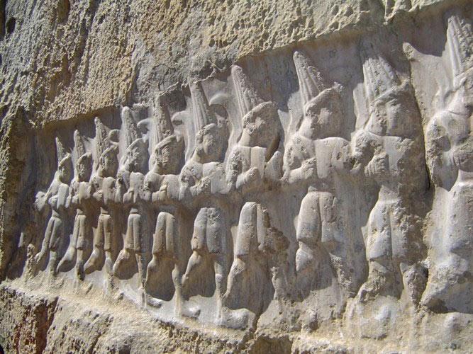 Đây là nguồn tư liệu vô giá, giúp giải mã những ẩn số về một nền văn minh rực rỡ, với nhiều điểm lạ trong nghi lễ và hệ thống tổ chức nhà nước.