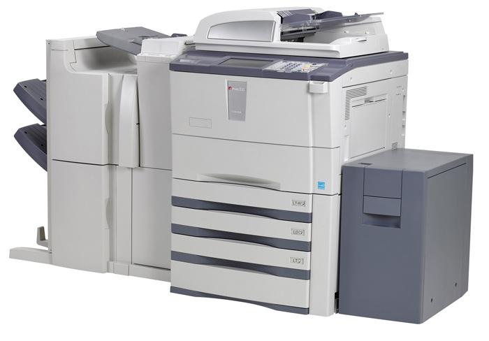 Những người tiếp xúc máy photocopy trong thời gian dài có nguy cơ bị các bệnh về đường hô hấp như: ho, mũi họng khô, khó thở. Ở mức độ nặng hơn, sẽ xuất hiện những bệnh lí liên quan đến thần kinh như đau đầu, chóng mặt, giảm thị lực và khả năng miễn dịch...