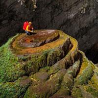Hang Sơn Đoòng có cảnh đẹp siêu thực trên trái đất