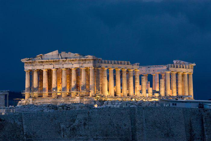 Thành cổ Acropolis, là nơi cho thế hệ hiện nay một cái nhìn toàn cảnh nhất về một thời vàng son của nền văn minh Hy Lạp.