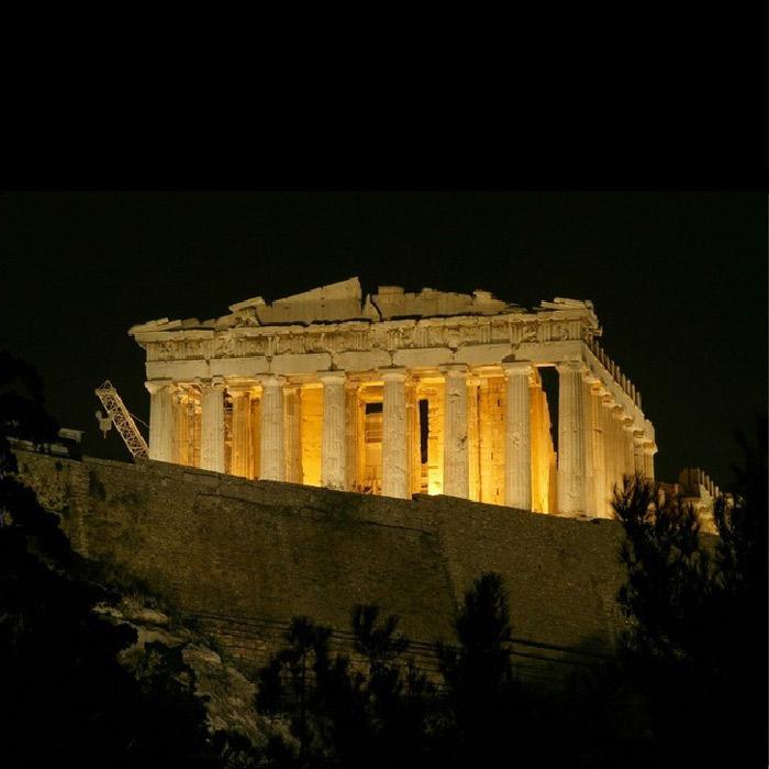 Đền Parthenon được coi là là công trình kiến trúc đẹp nhất của Hy Lạp cổ đại và cũng là công trình đẹp nhất trong lịch sử kiến trúc thế giới.