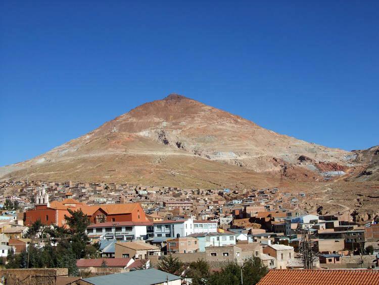 Vào thế kỷ thứ 16, thành phố Potosi với các khu khai thác quặng được coi là khu công nghiệp lớn nhất trên thế giới.