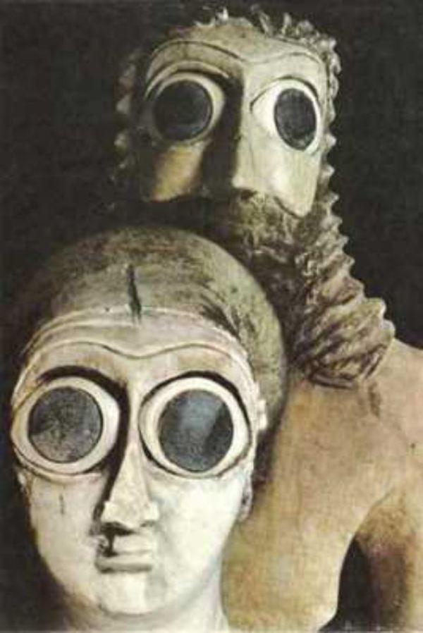 Nền văn minh của người Sumer là một trong những nền văn minh lâu đời nhất mà con người biết đến. Người Sumer tin rằng họ được tạo ra bởi các Annunaki, tức một nhóm của người ngoài hành tinh.