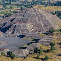 """""""Sở thú"""" cổ xưa nhất ẩn giấu dưới chân kim tự tháp cổ đại"""