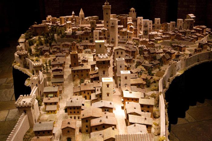 Bảo tàng với những mô hình thu nhỏ của thành phố thời trung cổ