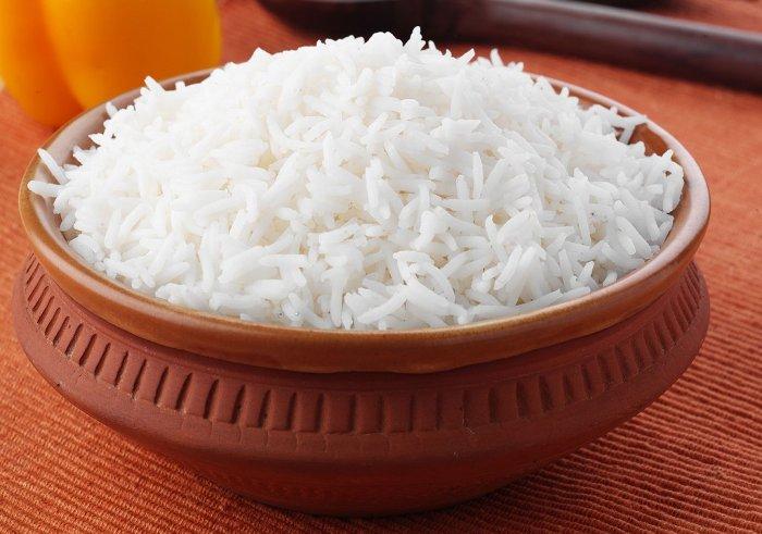 Lớp vỏ cám ở quanh hạt gạo chứa rất nhiều xenlulo.