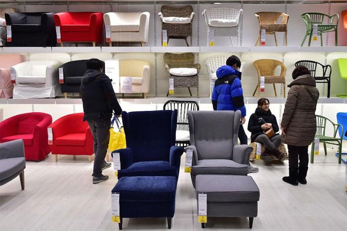 Sản phẩm của IKEA được đặt bằng danh từ riêng hoặc tên riêng.