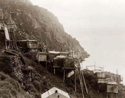 Người dân ngôi làng Inuit biến mất chỉ sau 1 đêm.