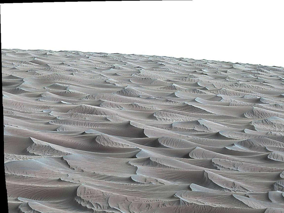Đây là bức ảnh do tàu tự hành Curiosity chụp lại khi đang thám hiểm những đụn cát quanh khu vực Mount Sharp trên sao Hỏa