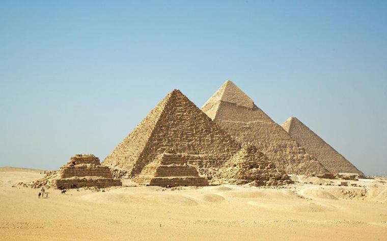 Trong suy nghĩ của đa số chúng ta, các Kim tự tháp chỉ có riêng ở Ai Cập nhưng thực tế dạng công trình này có ở khắp nơi trên thế giới và là tác phẩm của rất nhiều nền văn hóa khác nhau.
