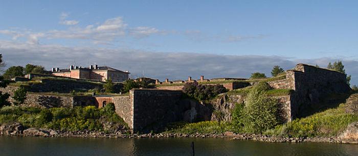 Pháo đài Suomenlinna được xây dựng trong khoảng thời gian từ 1748 đến năm 1757 bởi người Thụy Điển.