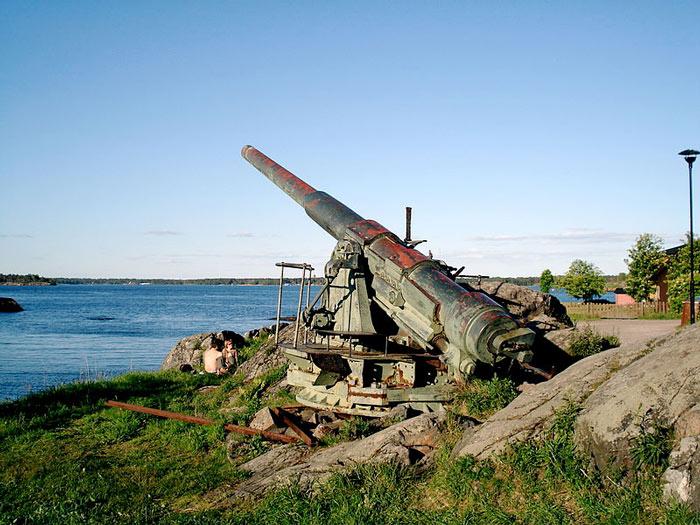 Trong pháo đài còn vô số các hiện vật lịch sử.