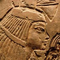 Vú nuôi Maia có thể là chị gái của Pharaoh Tutankhamun