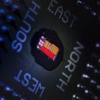Chế tạo thành công chip quang-điện tử đầu tiên trên thế giới
