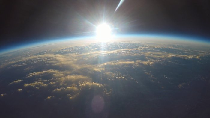 """Một """"chân trời mới"""" sẽ mở ra sau Singularity."""