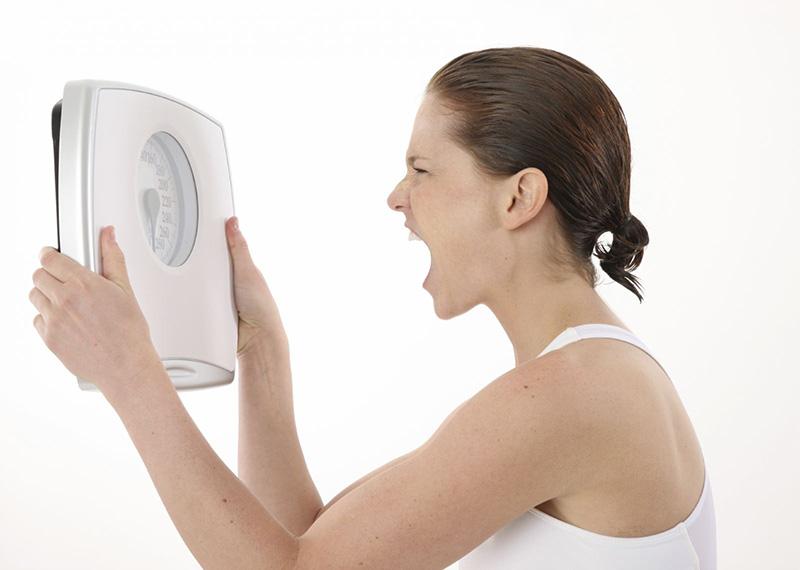 Béo phì là một bệnh do dư thừa các chất dinh dưỡng hoặc tiêu thụ quá nhiều chất béo trong thời gian dài.