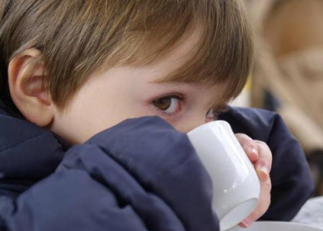 Mùa lạnh có nhiều yếu tố làm cho người dễ mắc bệnh đường hô hấp
