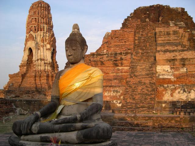 Ayutthaya là một thành phố vĩ đại và là một trong những di tích lịch sử có sức hấp dẫn số 1 ở Thái Lan