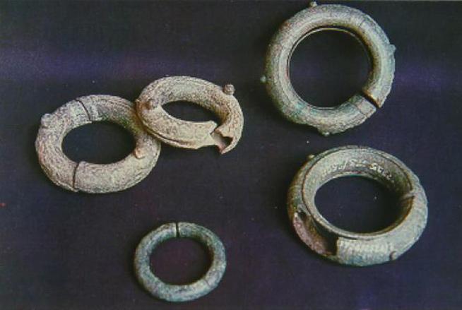 Di chỉ khảo cổ này được phát hiện lần đầu tiên vào năm 1957 bởi Steve Young - một sinh viên nhân chủng học của đại học Havard, Mỹ.