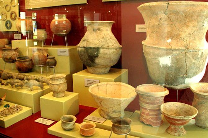 Những năm gần đây bằng các phương pháp xác định niên đại nhiệt quang, các nhà khảo cổ đã phân tích được nhiều cổ vật và xác định được niên đại của chúng có từ thế kỷ thứ 5 trước Công Nguyên