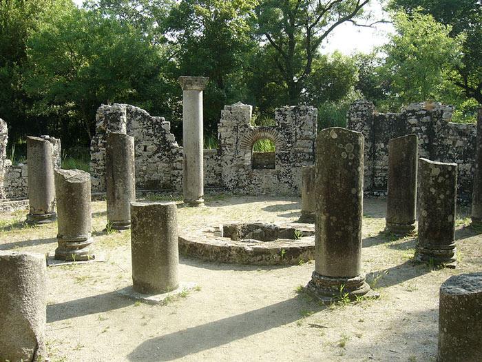 Mặc dù bị phá hủy như vậy, nhưng thành phố vẫn tồn tại và trở thành 1 hải cảng chính của vùng Epirus cổ.