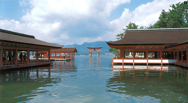 Không chỉ có giá trị về mặt kiến trúc, mỹ thuật và lịch sử...chùa Horyuji còn là điểm đến thu hút khách thăm quan tại Nhật Bản bởi vẻ đẹp đặc biệt nơi này.