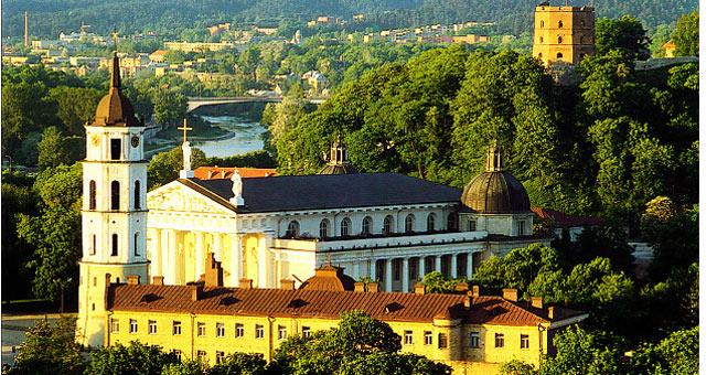 Vilnius là thủ đô và là thành phố lớn nhất của nước cộng hòa Litva.