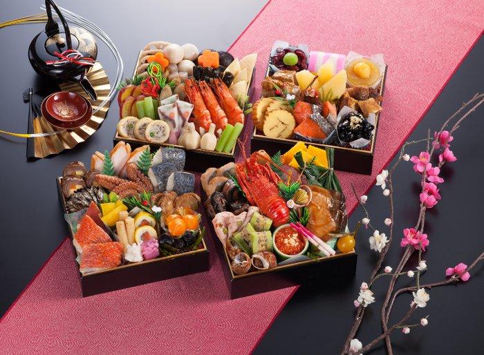 Osechi - món ăn ngày Tết của Nhật Bản sau khi cúng thần năm mới.