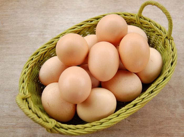 """Thời gian chế biến trứng quá lâu sẽ làm """"hao hụt"""" chất sắt có trong trứng và sản sinh phản ứng hóa học gây kết tủa có hại cho cơ thể, làm cơ thể khó hấp thụ được các chất sắt."""