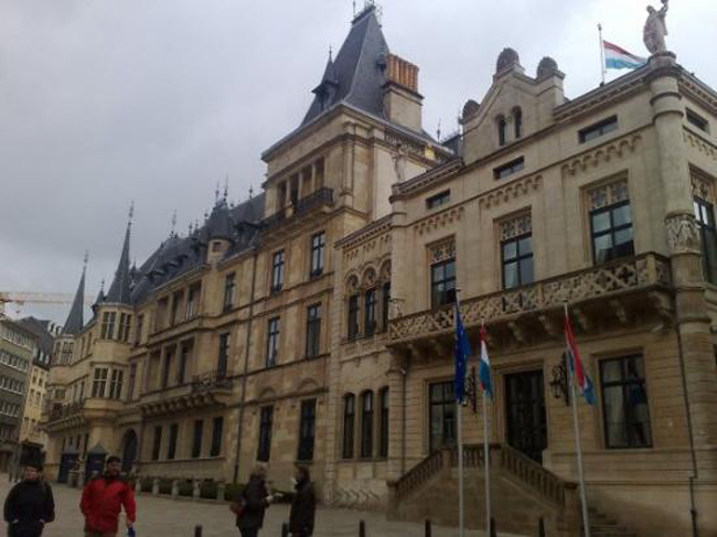 Cung điện Grand Ducal nơi ở của Đại Công tước Luxembourg