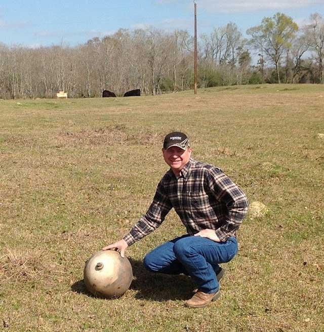 Một mẫu Space Balls có kích thước khá nhỏ được tìm thấy ở Texas, Mỹ năm 2003.