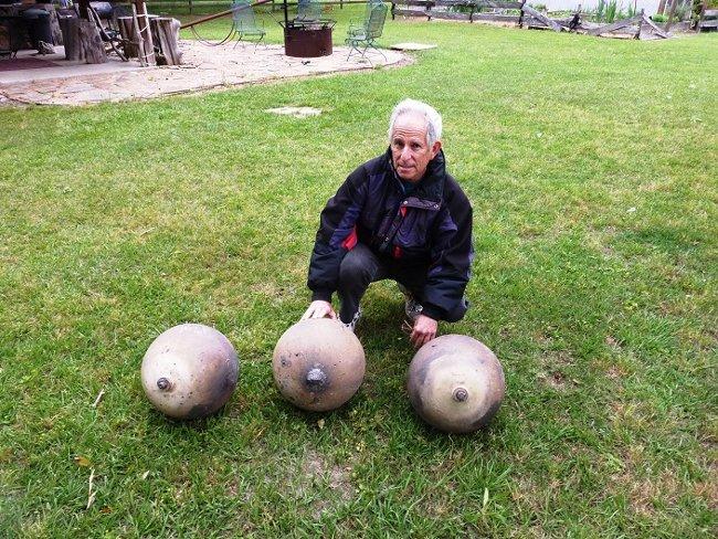Một người dân tên Paul Maley tìm thấy đến 3 Space Balls tại Mỹ trong tháng 6 năm nay.