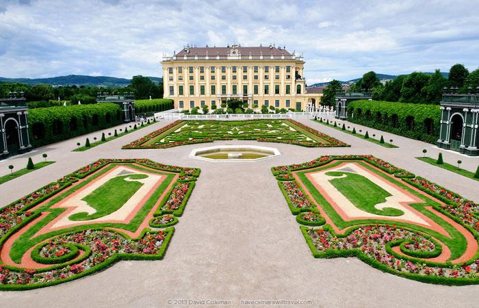 Cung điện Schonbrunn là một trong các cung điện quan trọng nhât về văn hóa ở nước Áo.