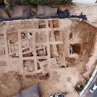Thành trì khổng lồ 3400 tuổi phát lộ dưới tầng hầm để xe ở Israel