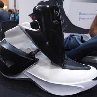Video: Zhor Tech - Giày thông minh đầu tiên trên thế giới
