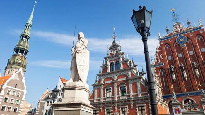 Trung tâm lịch sử Riga của Latvia vẫn còn giữ được cấu trúc đô thị từ thời Trung cổ.