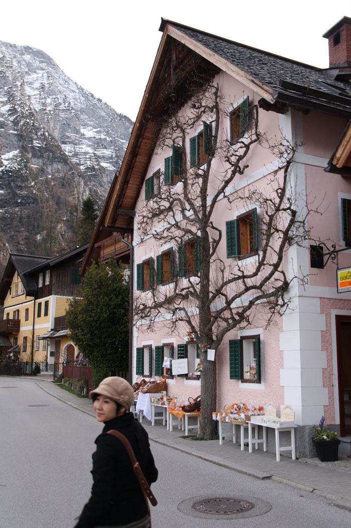 Kiến trúc nhà cửa, đường phố độc đáo của Hallstatt đã tạo nên sức hút riêng cho thành phố này.