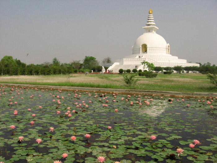 Lumbini là vùng đất nổi tiếng, là một trong những nơi hành hương linh thiêng của đạo Phật.